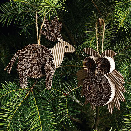 Decorating With Corrugate: Rolled Ornaments