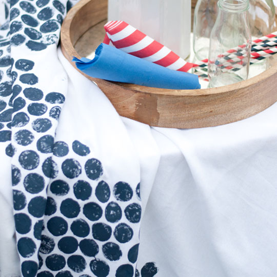 Decorating With Bubble: Tablecloths