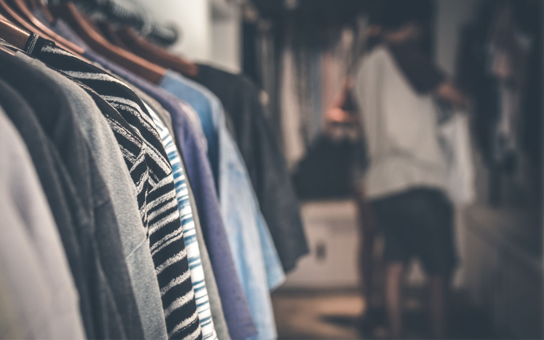5 Stylish Custom Packaging Supplies for Clothing Stores