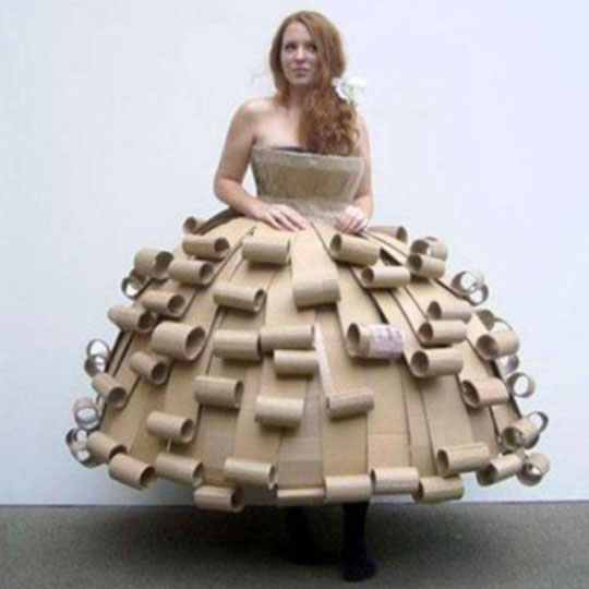 DIY Cardboard Costumes: Cardboard-ella