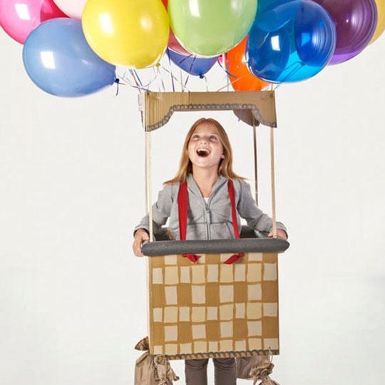 DIY Cardboard Costumes: Hot Air Balloon