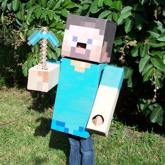 DIY Cardboard Costumes: Steve from Minecraft